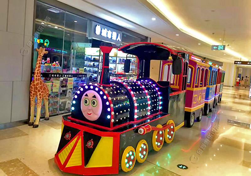 商场托马斯小火车