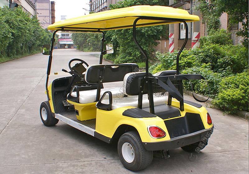 小型豪华高尔夫球车