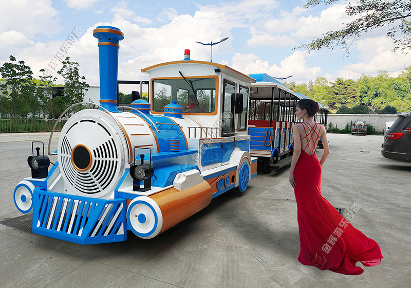 大型游乐火车